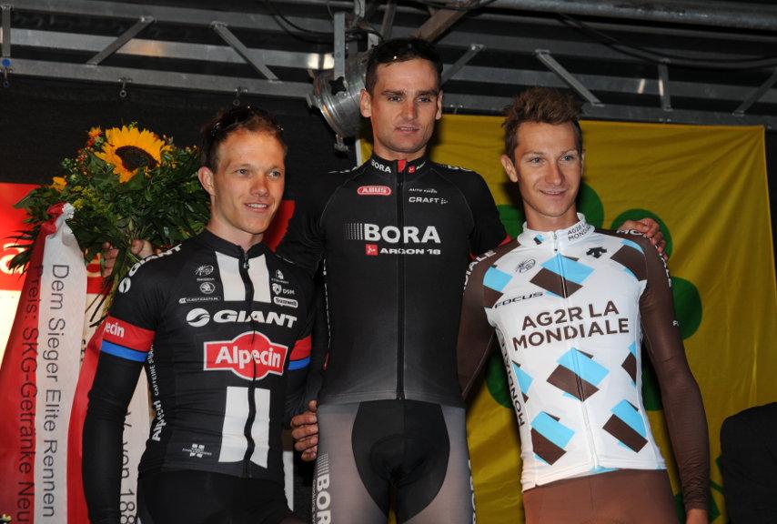 Siegerehrung bei der Tour de Neuss